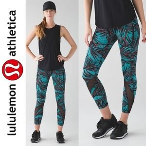 Lululemon Inspire Tight II Palm Lace Tofino Print